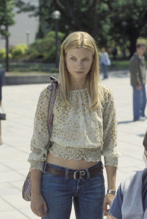 Still Of Amy Smart In The Butterfly Effect 2004 Amy Smart The
