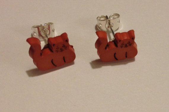 Orange cat post earrings