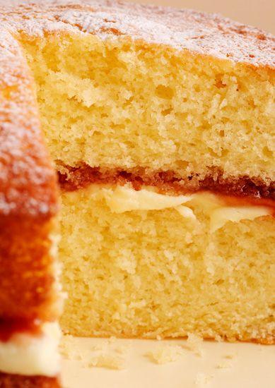 Nigellas Easy Victoria Sponge Recipe