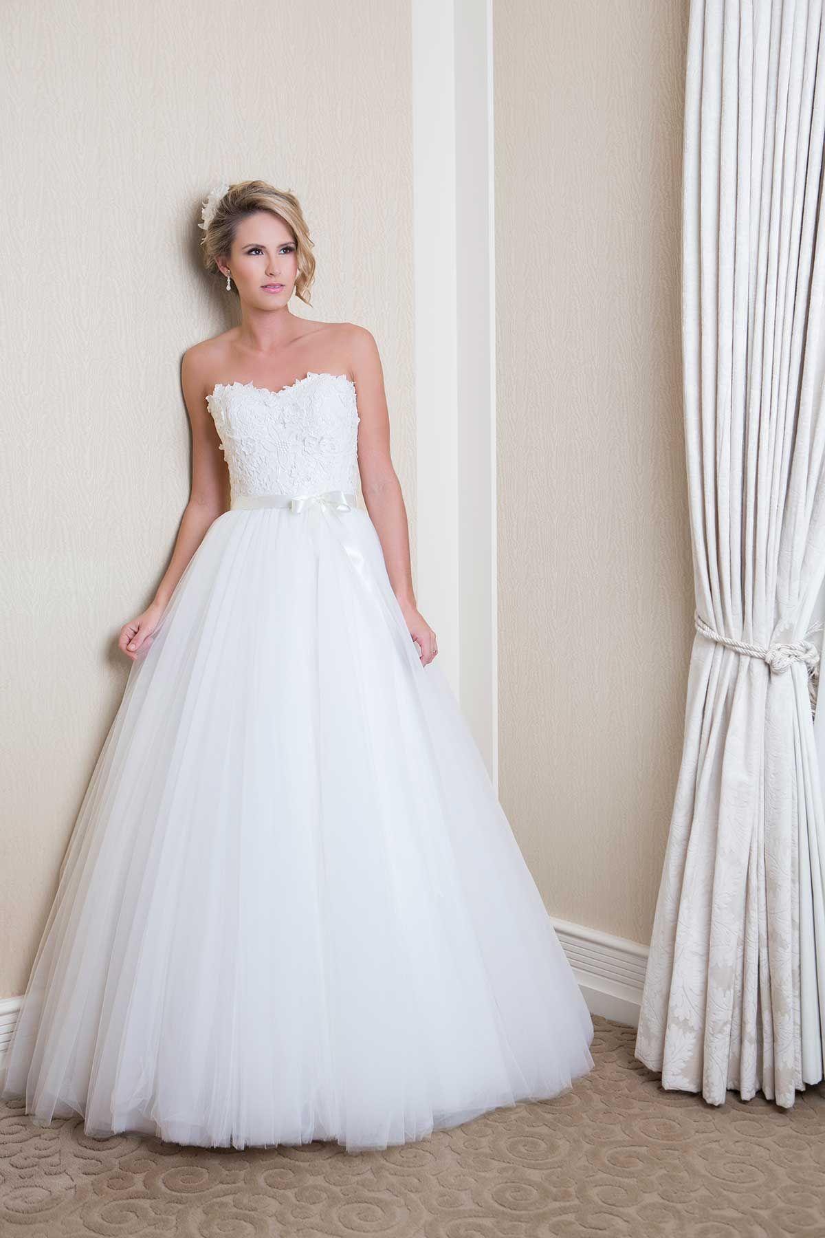 Danielle Australian wedding dress designers, Wedding