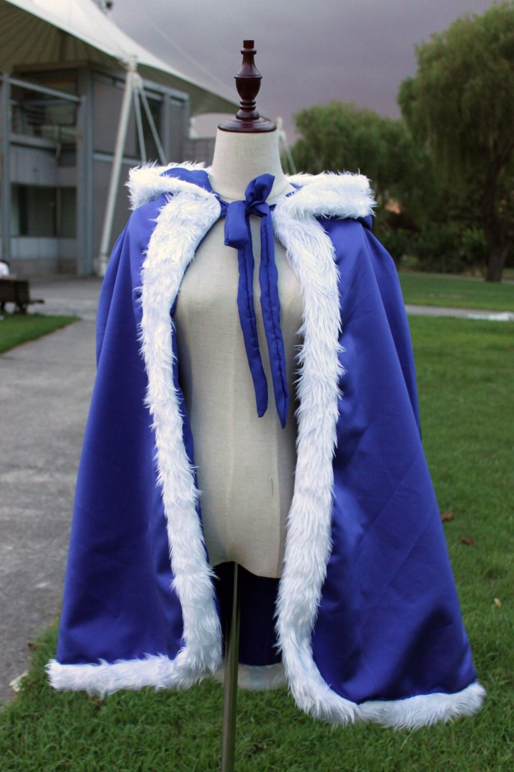 Click to buy ucuc blue winter women cloak with faux fur trim christmas
