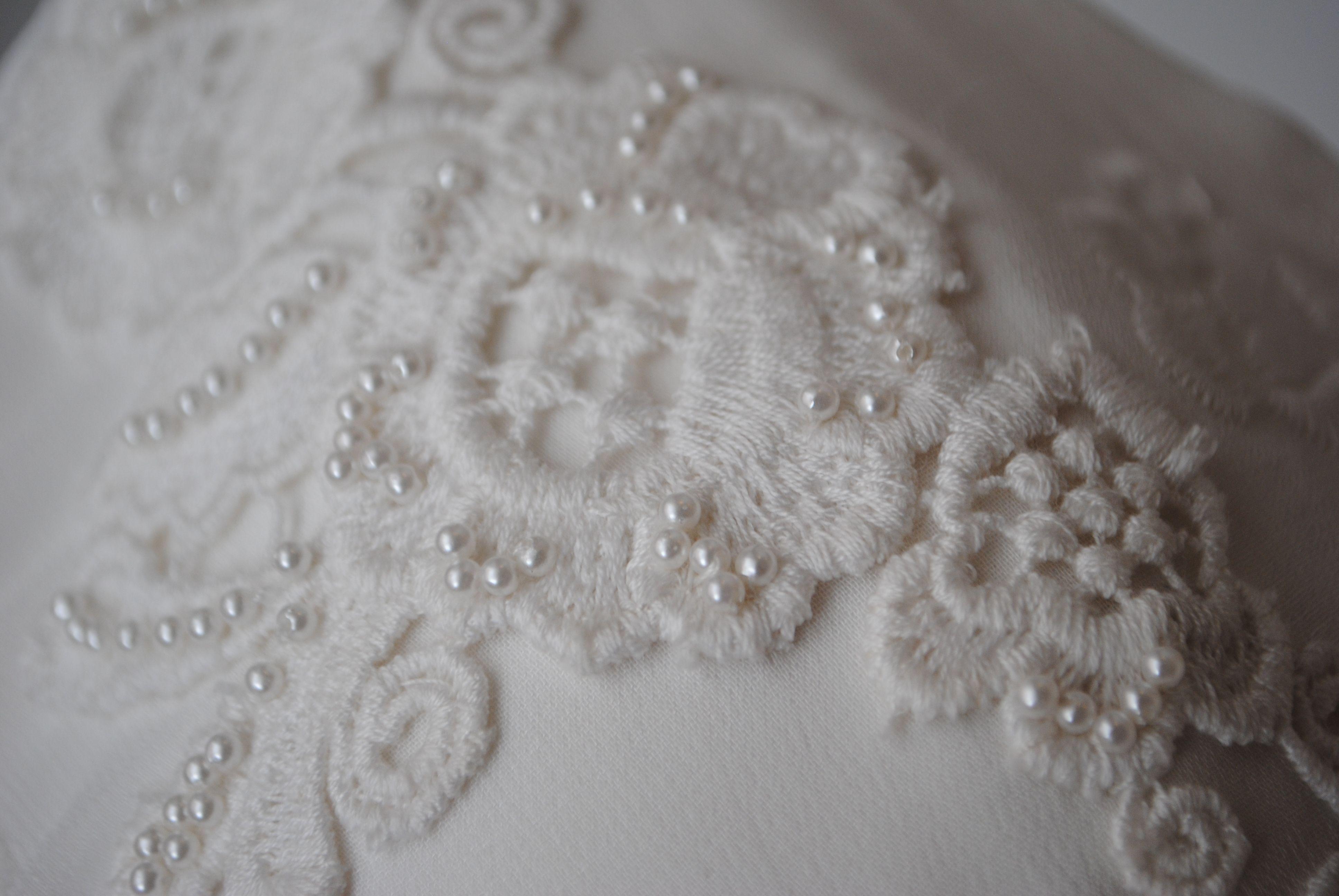 Detalle de bordado  www.lasdemiero.com