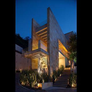 Meet ARQ. ALEJANDRO BELDEN #PorticoMX #TeamArchanthropy // DAILY ARCHANTHROPIST // #AlejandroBelden #ArquitecturaConCausa #AndaresABP #architecture #design #architect #Monterrey #Mexico #contemporary #arquitectura #diseño #arquitecto #contemporaneo #filantropía #mexicanocontemporaneo #residencial #residencialdesign
