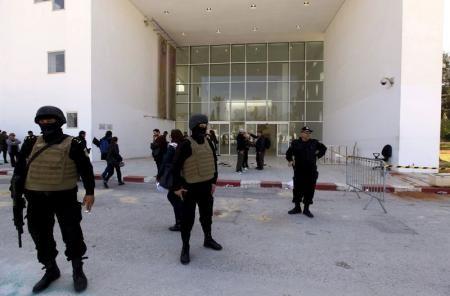 الحكومة التونسية تقر بوجود خلل امني و داعش وراء الهجوم على متحف باردو Http Democraticac De P 11054 Tunisian Government Recognizes The Existence Of A Tunesien