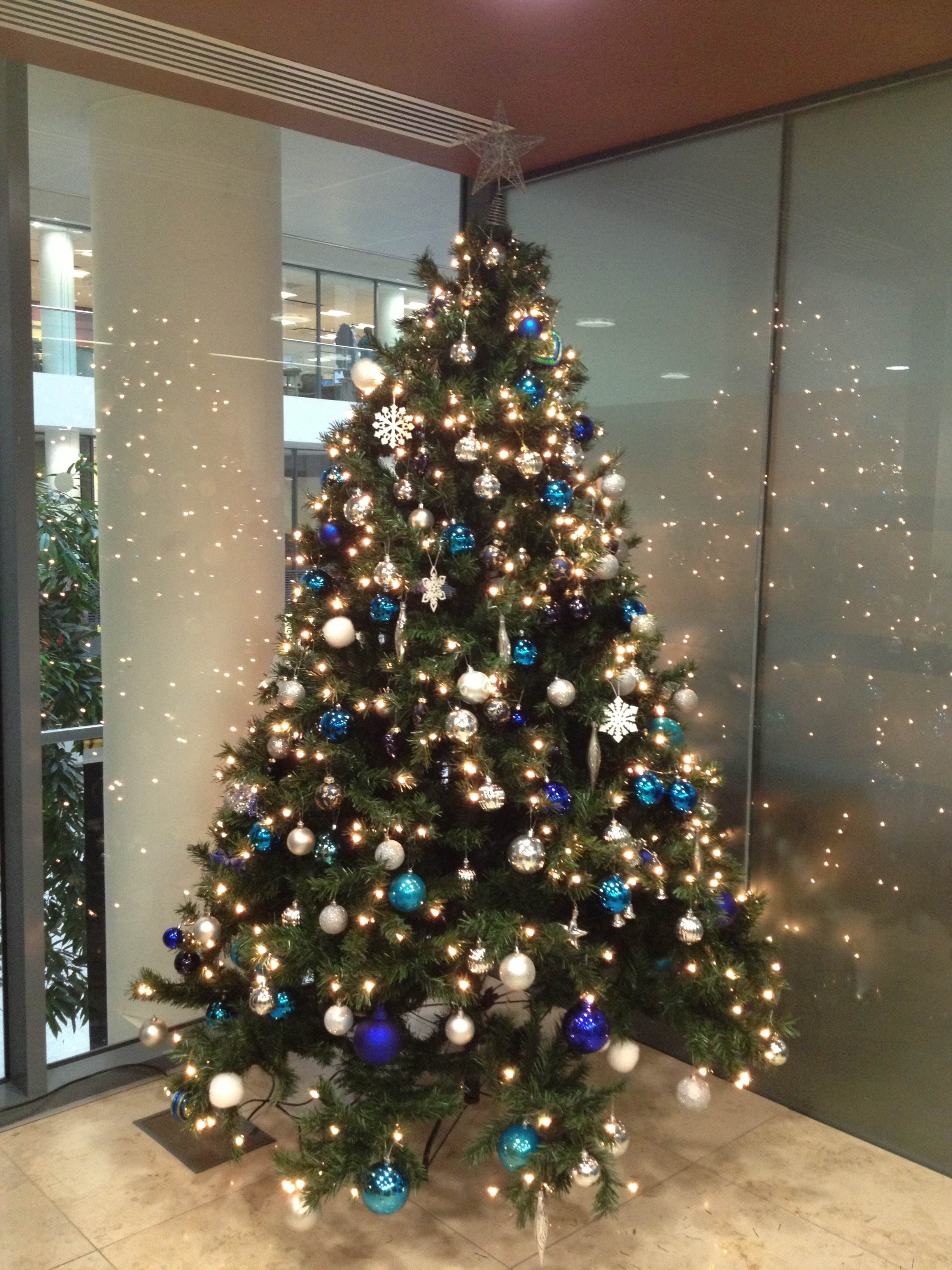 we can supply fully decorated christmas trees