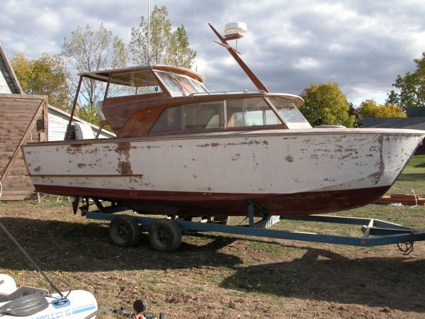 28' Owens wood boat, Needs restoration | My Style | Runabout