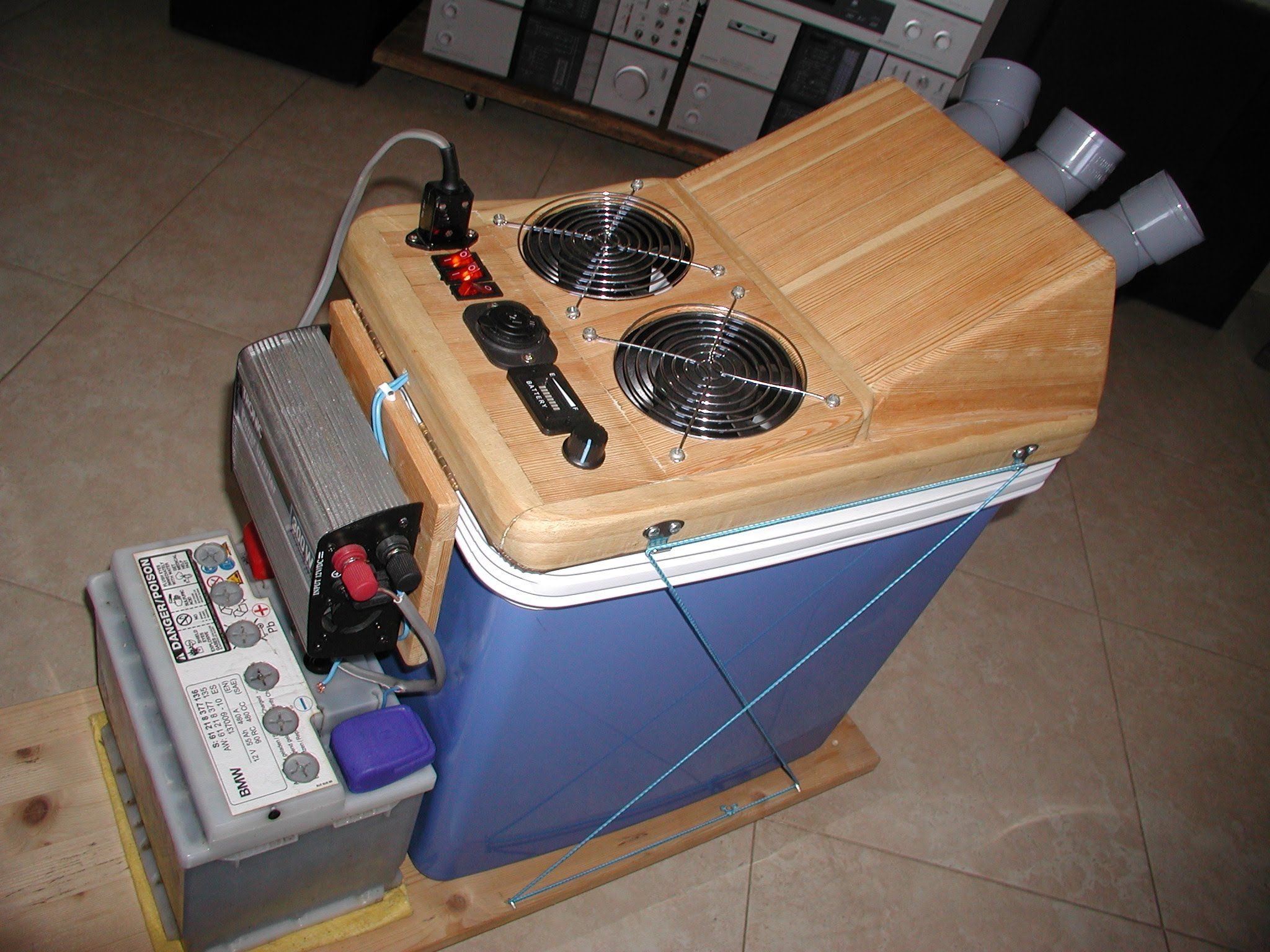 HOMEMADE DIY SOLAR POWERED AIR CONDITIONER / COOLER 12v DC