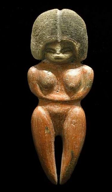 Valdivian Fertility Goddess - between 3500 BC and 1800 BCE, Valdivia Culture is recorded in the America, now town of Valdivia in Ecuador