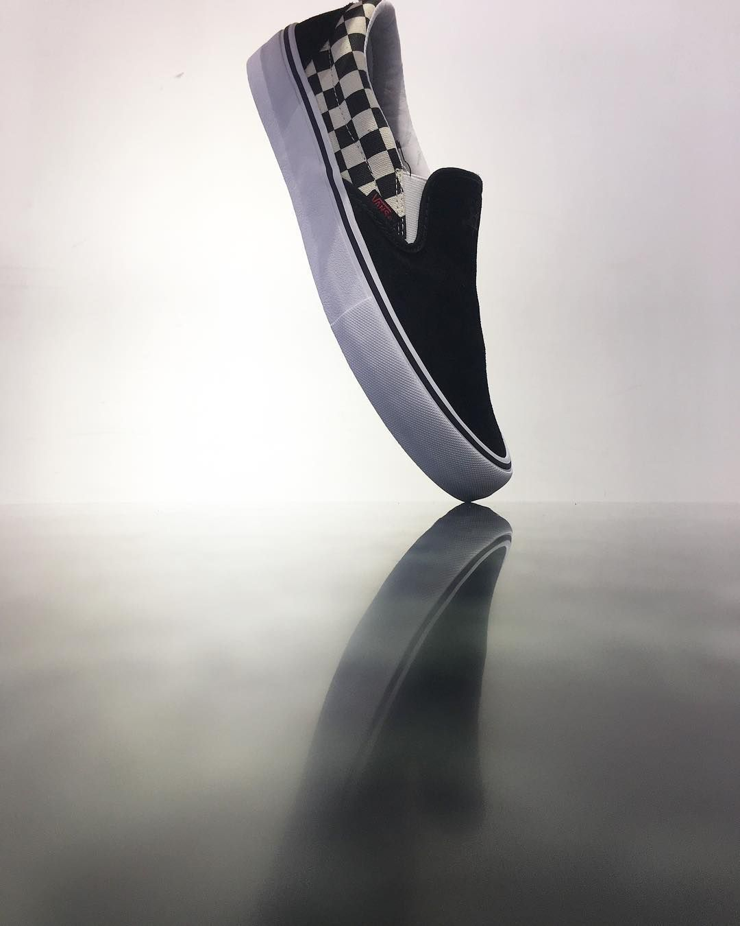 vans slip on pro checkerboard thrasher