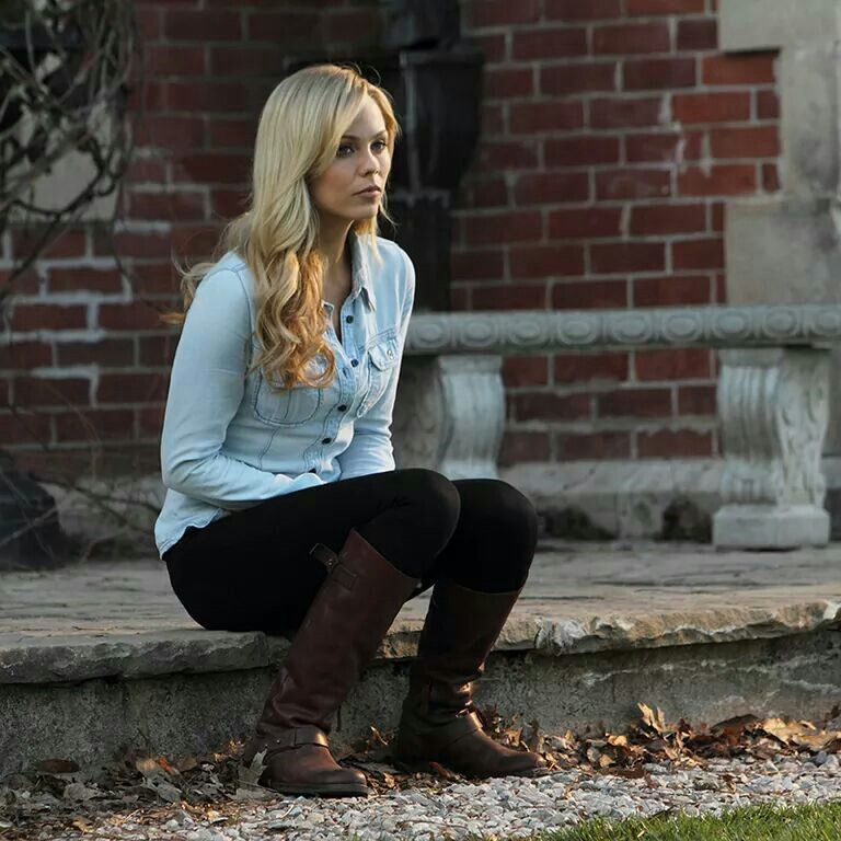Boots and skinny jeans with chambray