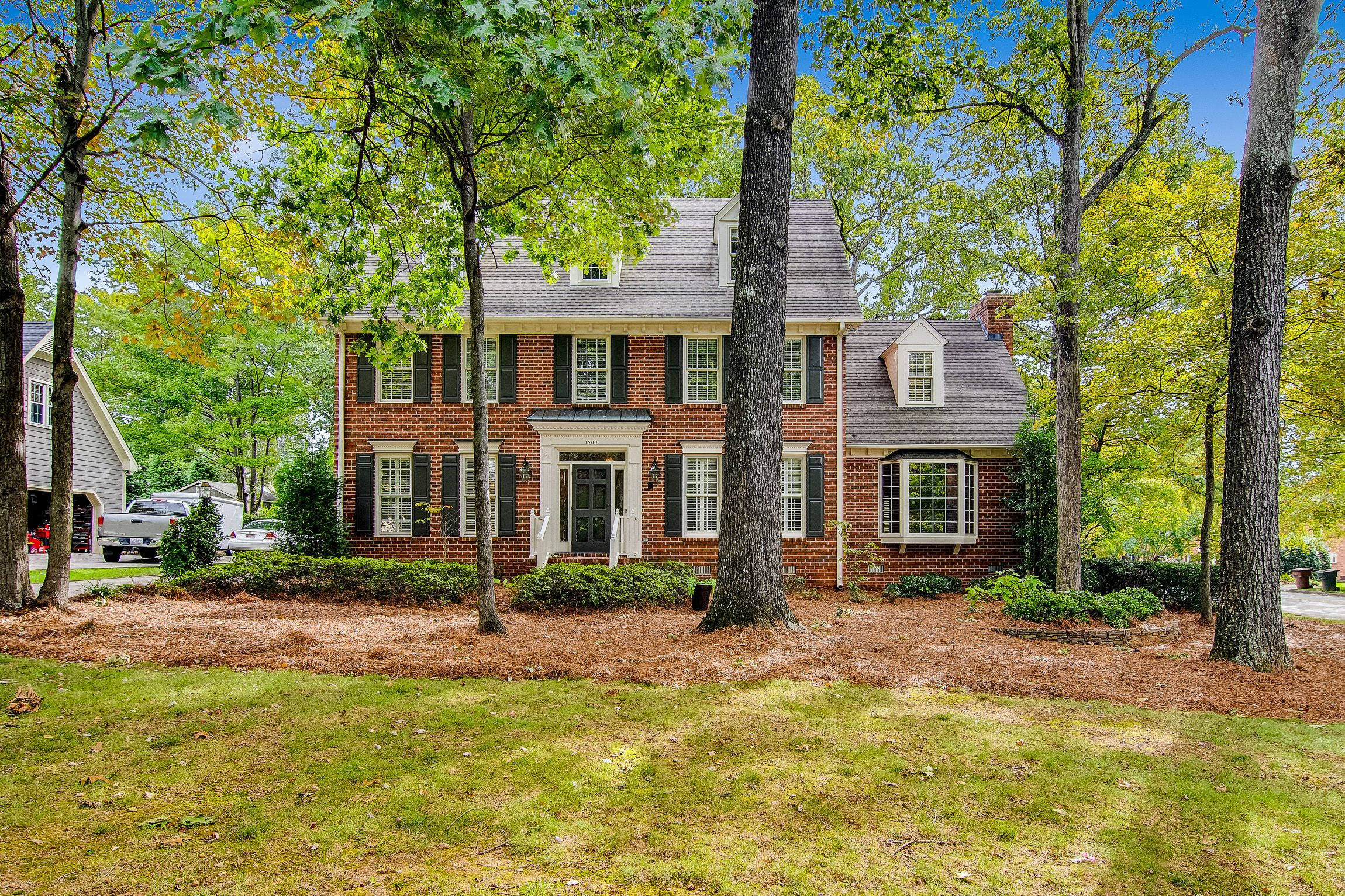 Swell 1500 Clarendon Dr Greensboro Nc 27410 My Listings House Interior Design Ideas Ghosoteloinfo