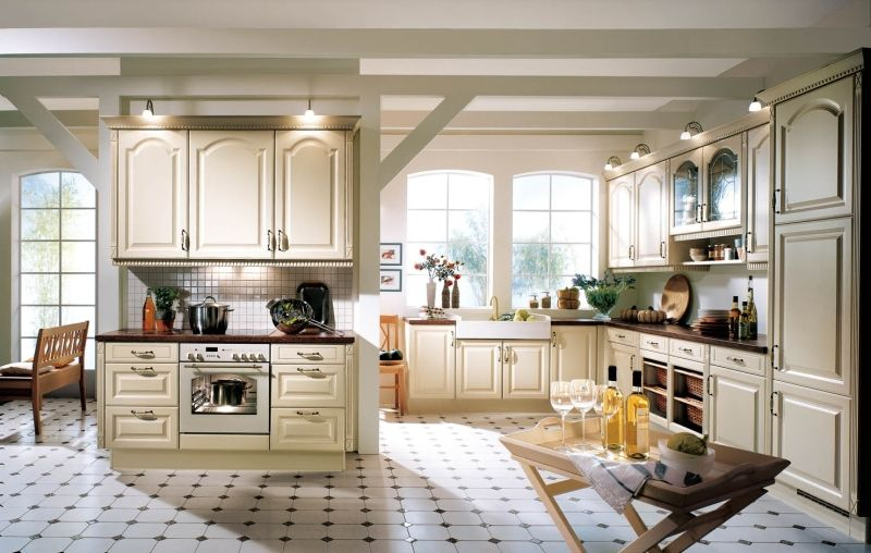 Best Glamour Classic German Kitchen Design Landhausküche 640 x 480
