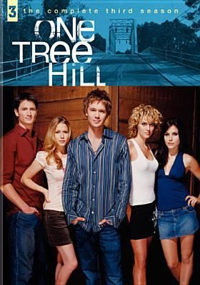 Explores The Lives Of Teenage Half Brothers Lucas And Nathan Scott One A Golden Boy And The Other An Abandoned Il One Tree Hill Seasons One Tree Hill One Tree