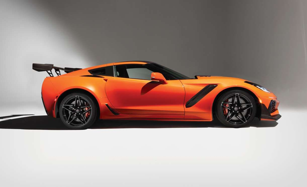 2019 Chevrolet Corvette ZR1   Car And Driver