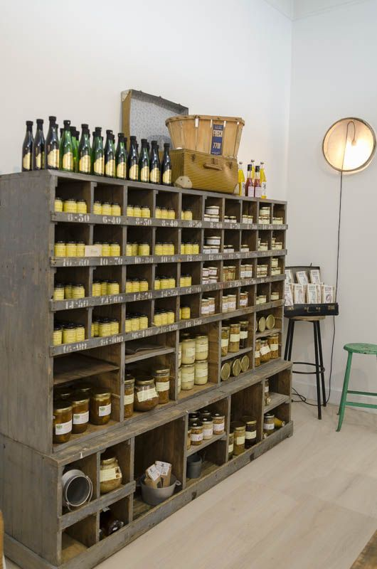 Flea Heather Furniture Workshop Use Idea For Displaying Mmsmp In Store Brocante Industrielle Travail Du Bois Brocante