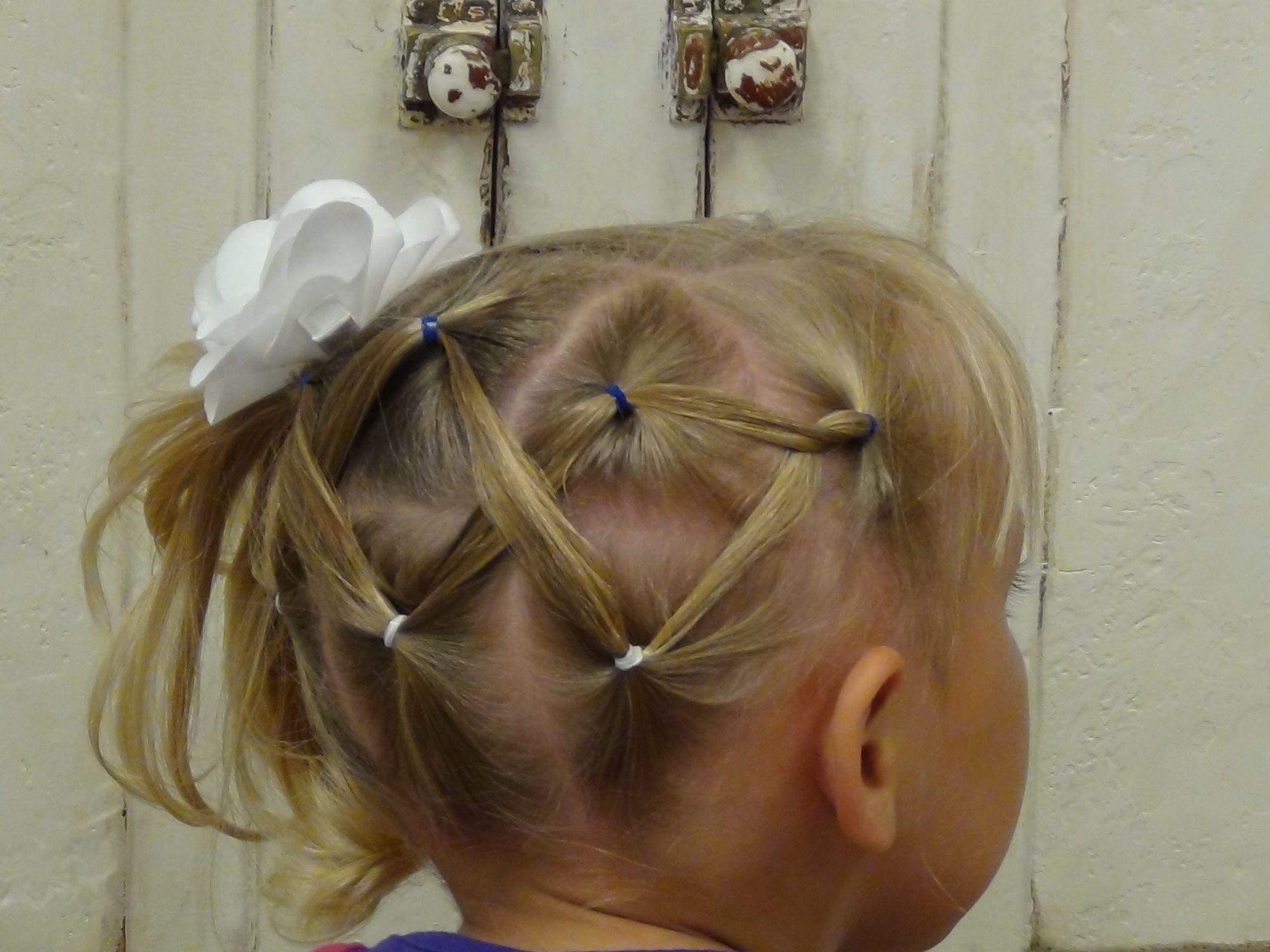 Horizontal Zig Zag Ponytail Boys And Girls Hair Styles Hair Styles Girl Hairstyles Kids Hairstyles