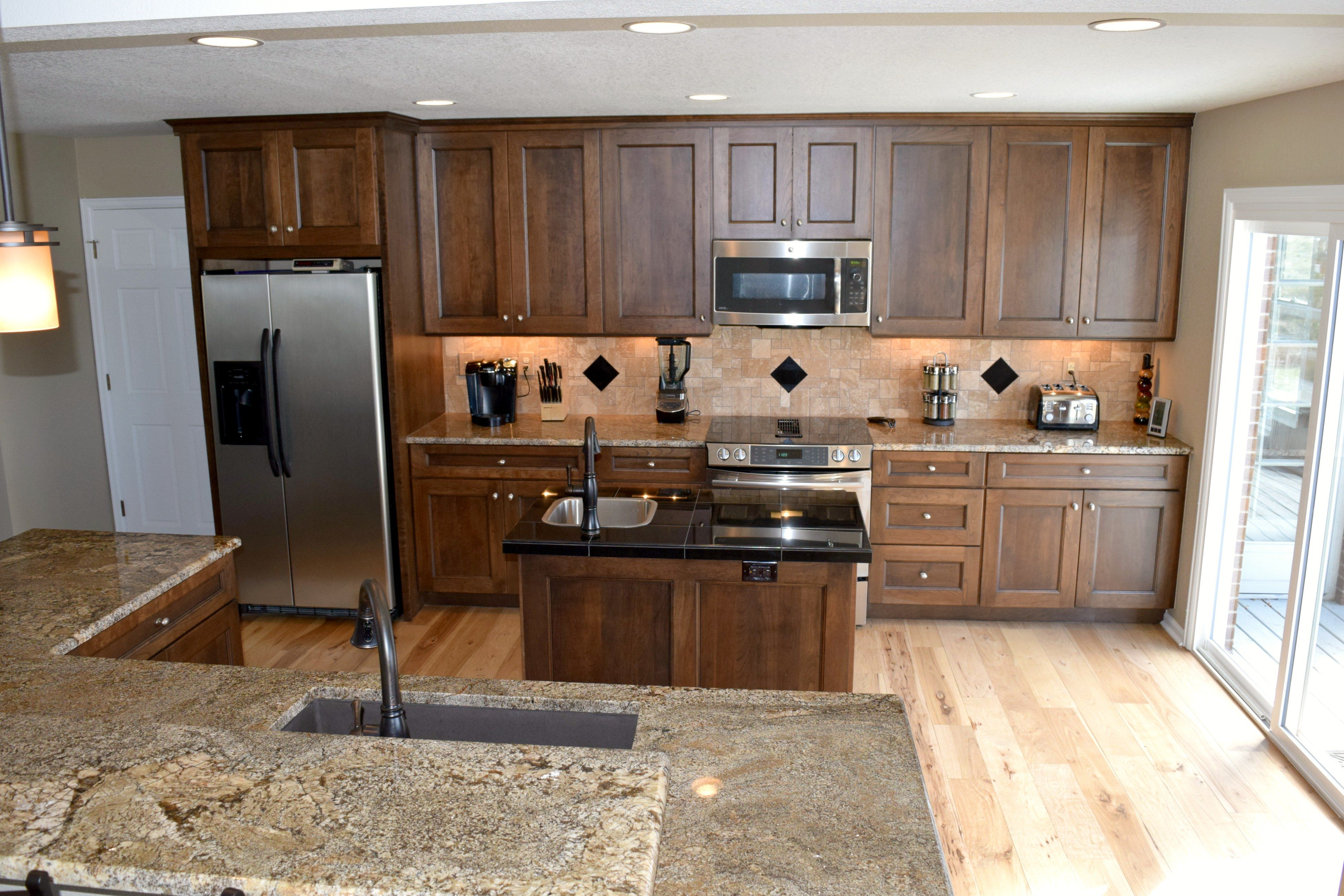 BKC Kitchen And Bath Kitchen Remodel   Medallion Cabinetry: Hartford Door  Style, Eagle Rock With Sable Glaze Finish On Maple.