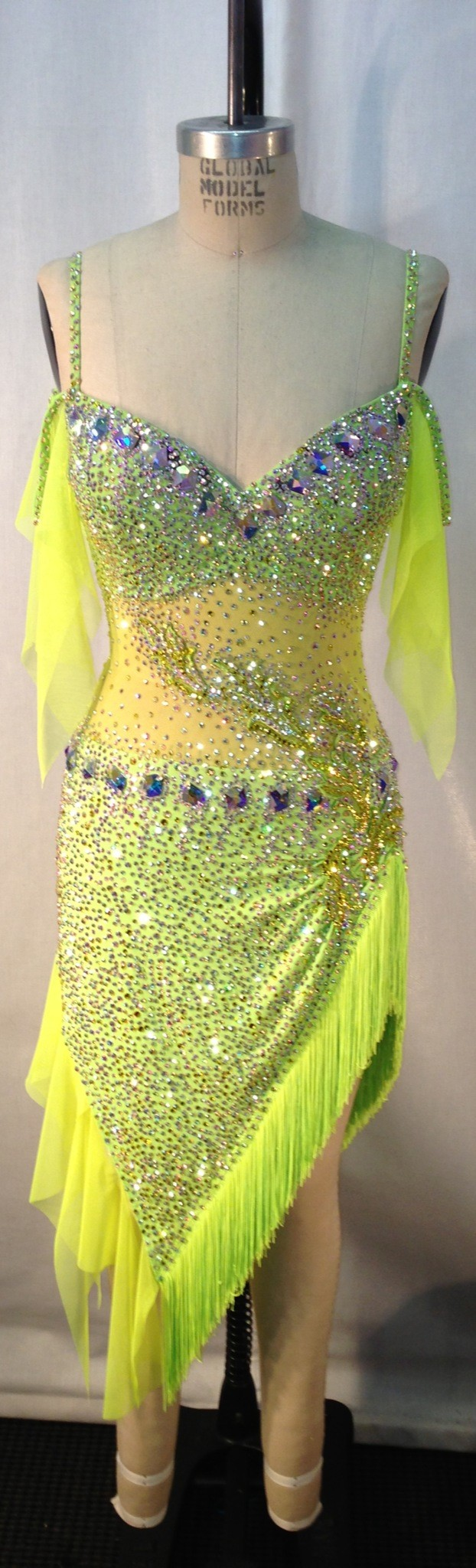 Yellow Dress With Extensive Stoning And Light Fringe And Frills Visit Http Ballroomguide Com Comp Attire Lady Html Fo Dance Dresses Ballroom Fashion Dresses