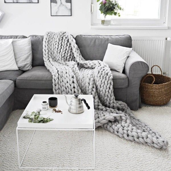 Trends Diy Decor Ideas   Un plaid géant XXL en grosse maille à poser sur le 289348351ae