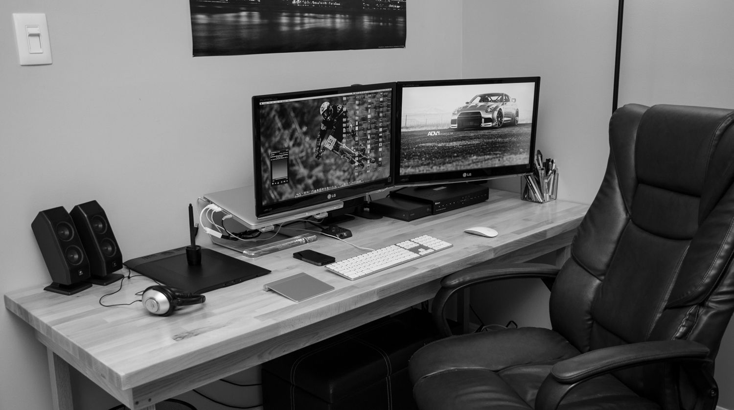 Graphic Web Designer S Workstation Home Office Pinterest Pc Setup And Spaces