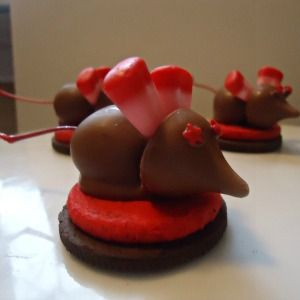 Valentine Mice   A Fun Food For Valentineu0027s Day Or Christmas! | Kid  Friendly Things