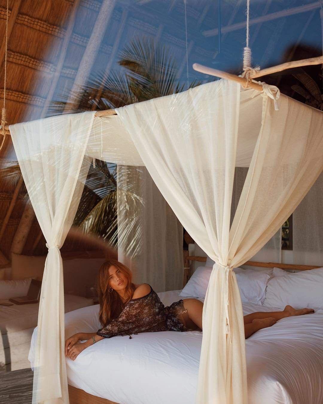 driftwood canopy bed on rocky barnes bedroom design home bedroom bedroom bliss pinterest
