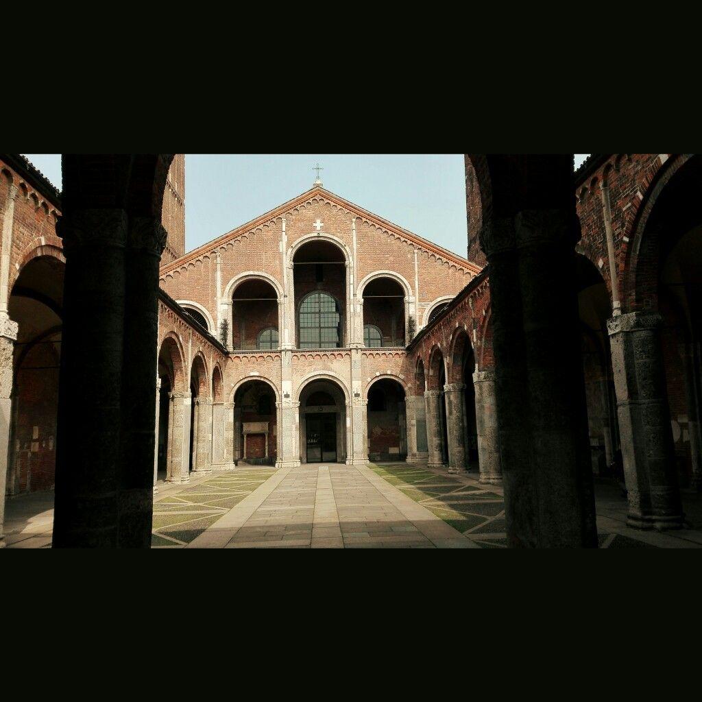 Basilica di Sant'Ambrogio. Università Cattolica del Sacro Cuore.