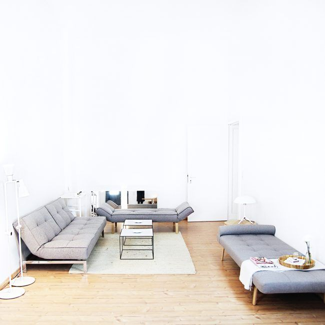 INTERIOR : Our Minimalist Apartment Tour