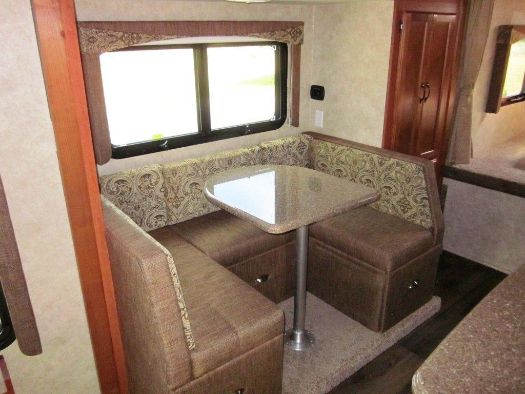 2015 eagle cap ec1165 interior with u shaped dinette - U Shape Dining Room 2015