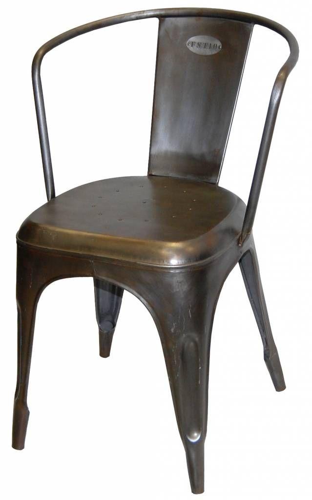 Trademark living blank ijzeren stoel buitenkeuken pinterest - Ampm tafel ...