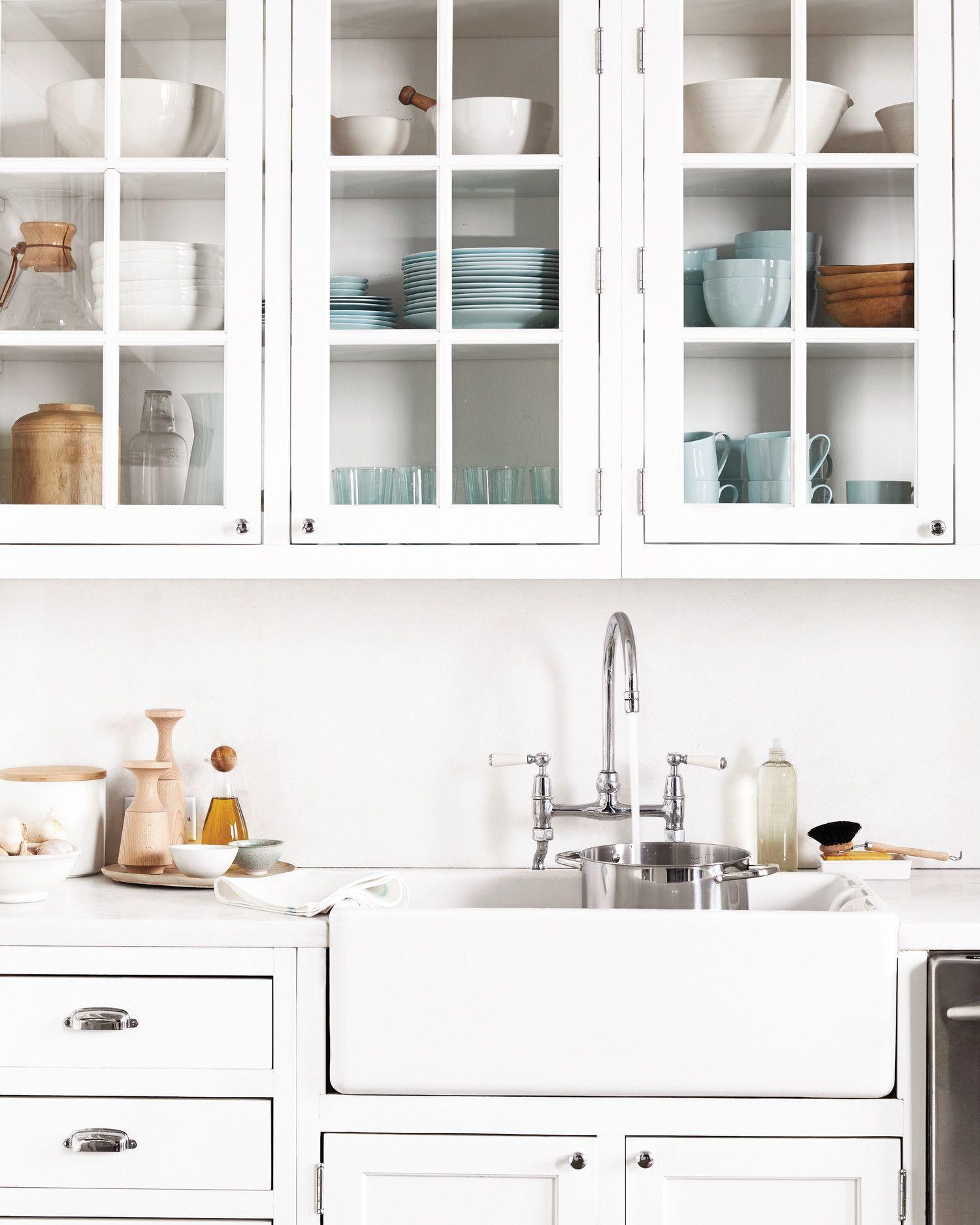 Martha Stewart S Kitchen Secrets 15 Creative Tricks To Make Cleaning A Cinch Kitchen Cupboard Designs Clean Kitchen Cabinets Martha Stewart Kitchen