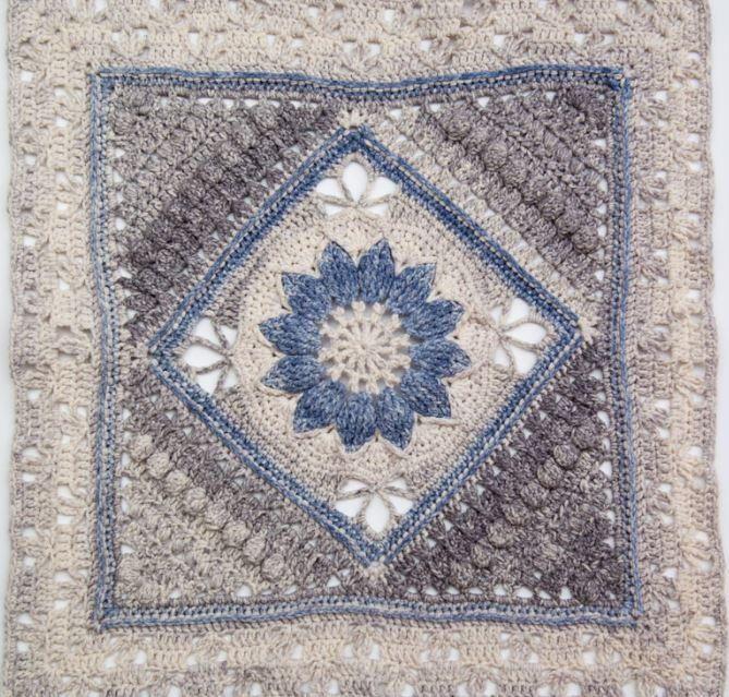 Antique Lace Crochet Granny Square | Muestras de crochet, Mandalas y ...