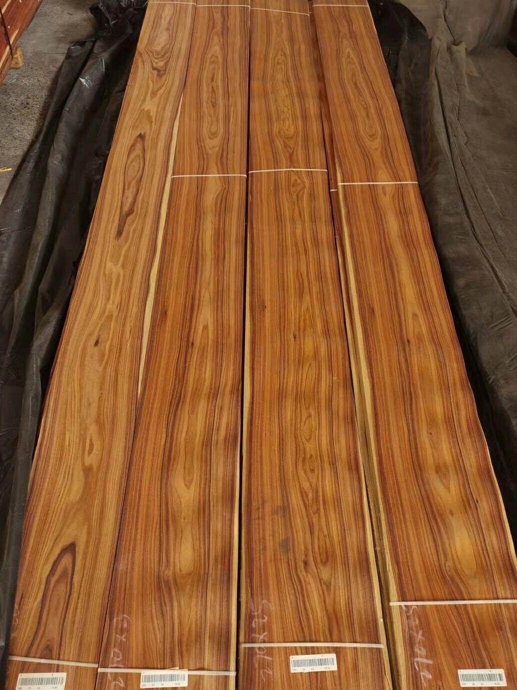 Santos Rosewood Veneer In 2020 Wood Veneer Red Oak Wood White Oak Wood