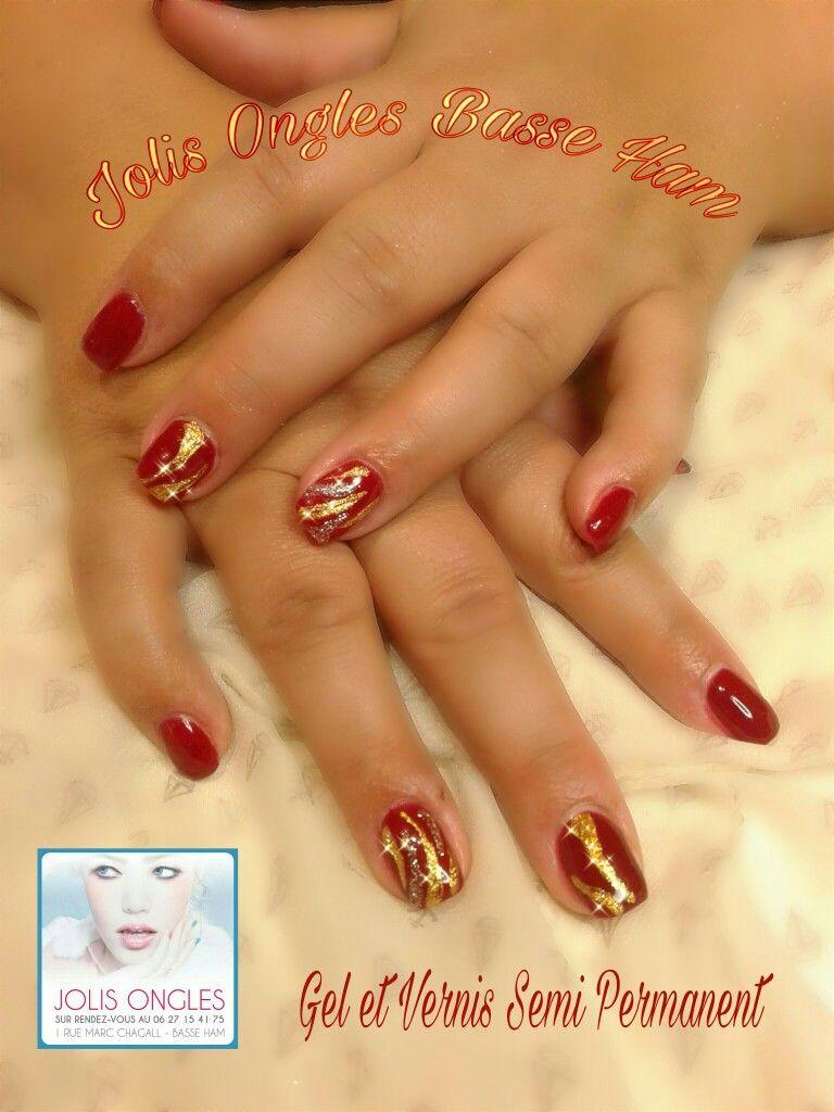 Ongles en gel, rouge, or, argent Idée fêtes de fin d\u0027année