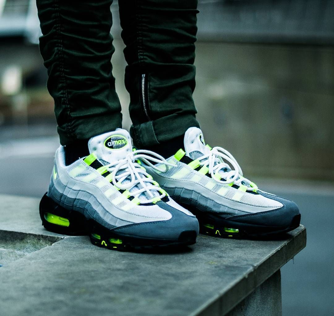 Nike Air Max 95 Og Neon Nike Shoes Outlet Nike Air Max 95 Classic Sneakers