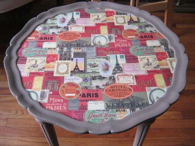 Decoupage Su Tavolo Di Plastica.Tavolino Parigi Al Decoupage Questa Carta Decoupage A Tema