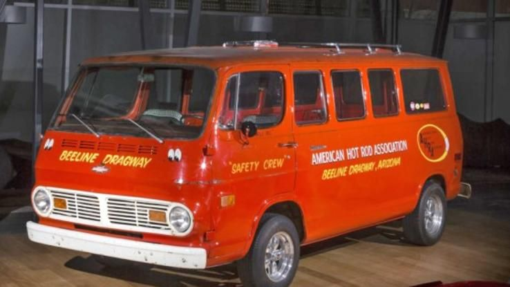 Ten Cars To Watch At Gooding Company S 2015 Scottsdale Auction Cool Vans Chevy Van Old School Vans