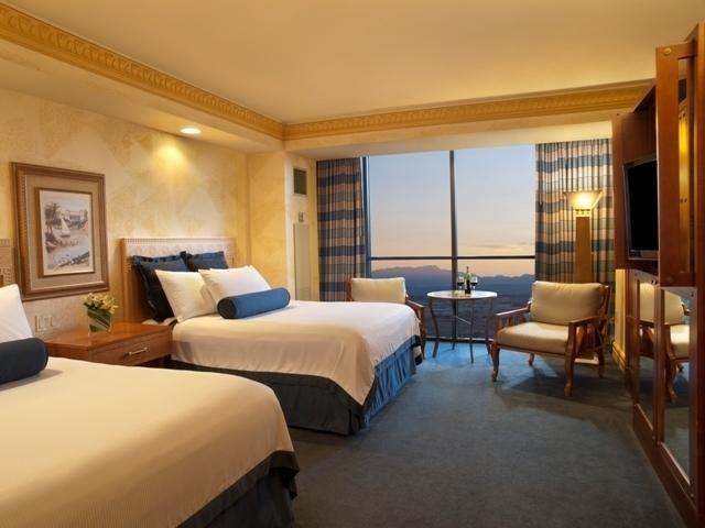 Luxor Hotel Las Vegas Nv Booking Com Luxor Las Vegas Las