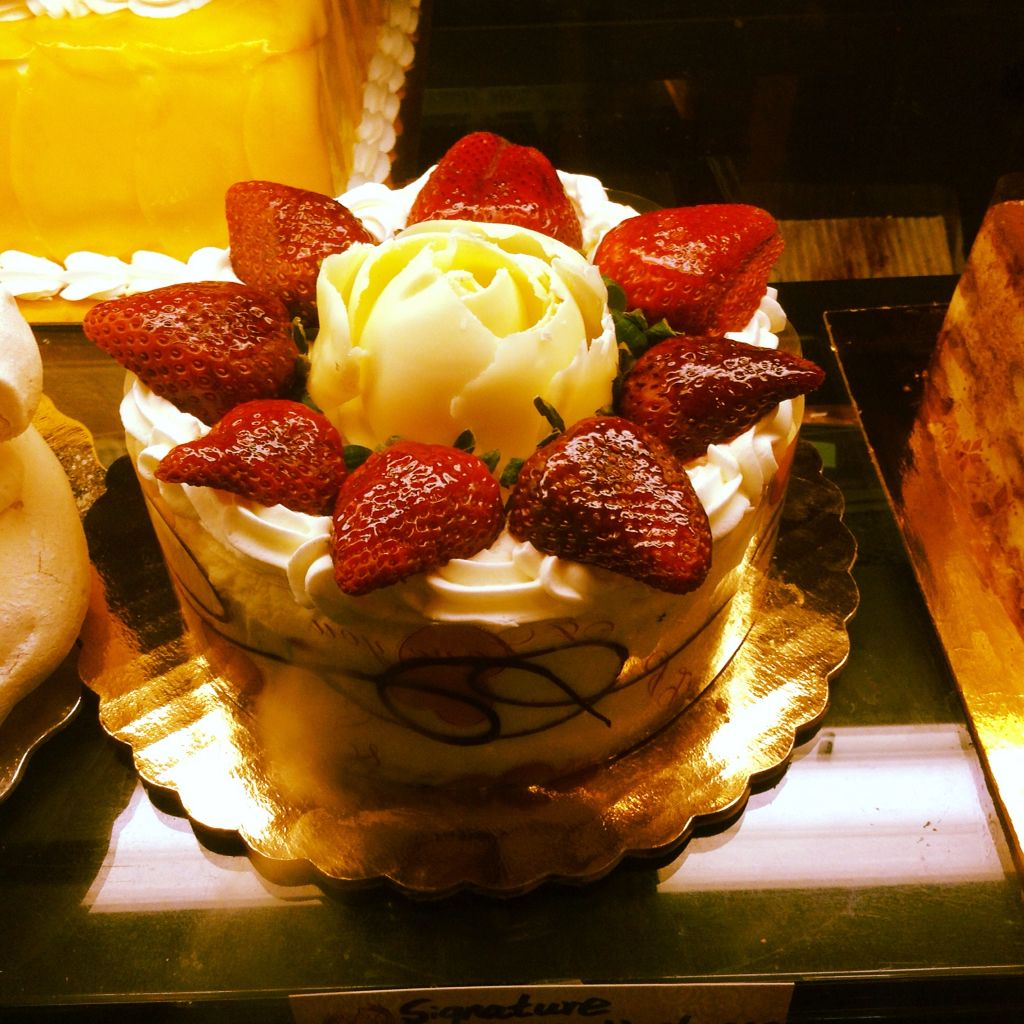 Hmm new york cheese cake order cake delivery online