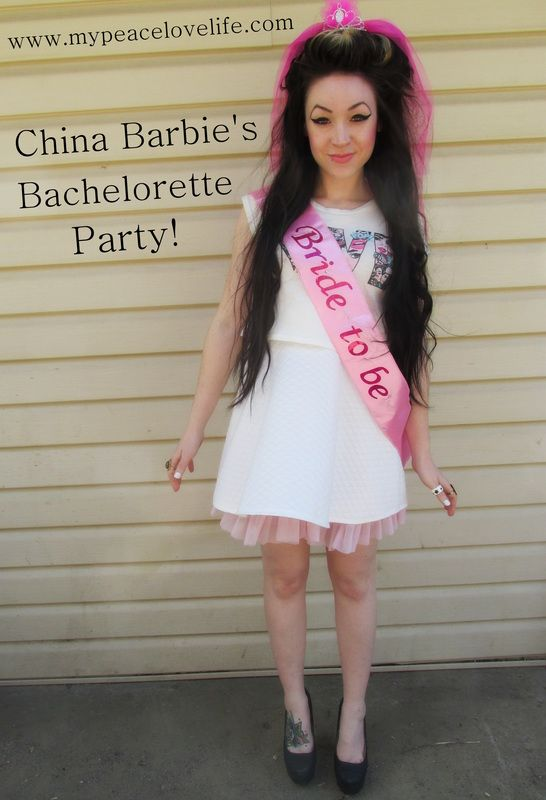 Blogger China Barbies Bachelorette Party! #chinabarbie #bachelorette #bacheloretteparty #imthebride #blogger #mypeacelovelife #wedding