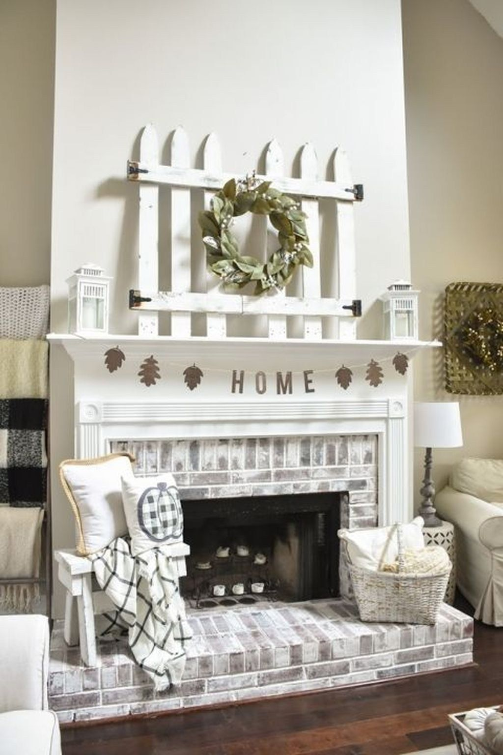 46 Gorgeous Modern Farmhouse Fireplace Ideas You Should Copy Now Hoomdesign Red Brick Fireplaces Farmhouse Fireplace Farm House Living Room