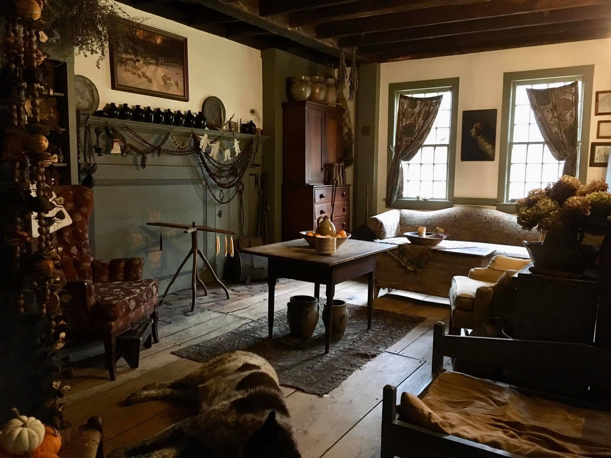 Pin By Sherie Smith On Walker Homestead In 2020 Primitive Living Room Home Primitive Decorating #primitive #paint #colors #for #living #room