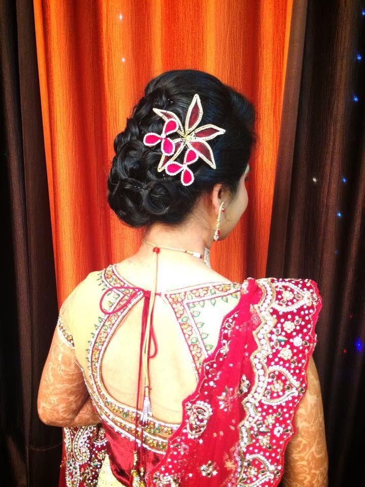 Pin By Asha Latha On Bridal Reception Hair Styles Indian Bridal Hairstyles Indian Bridal Blouse Designs
