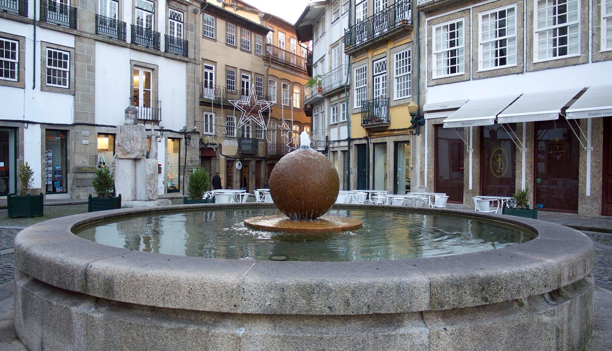 Urban Exploration: Largo João Franco by teresasoares1 https://t.co/MxlR6nP2R4 | #500px #photography #photos https://t.co/qTKNR1eY1X #foll #photography