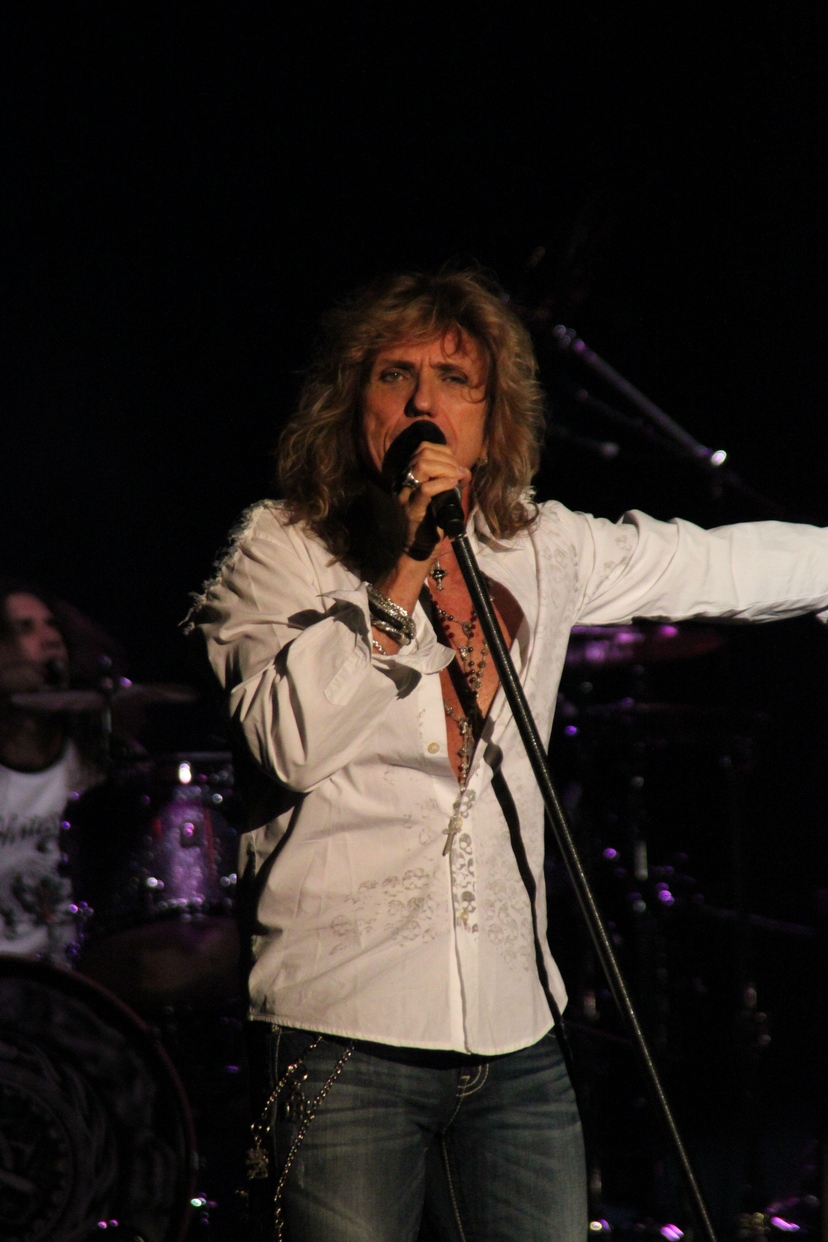 Whitesnake Lead Singer 1000 Images About David Coverdale Whitesnake On Pinterest Deep