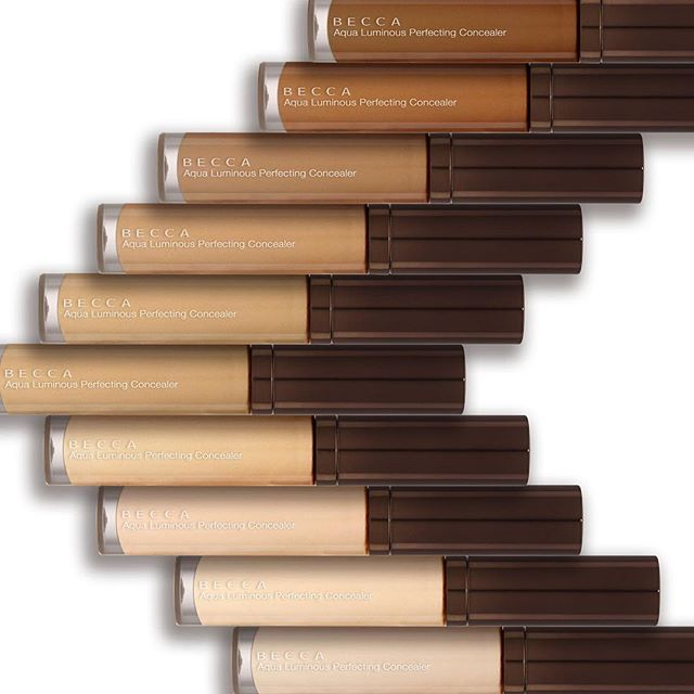 So excited that our NEW Aqua Luminous Perfecting Concealer is available today on beccacosmetics.com! Available in 9 flexible shades, this weightless, water-rich concealer uses the science of light to blur imperfections, cover dark circles and conceal blemishes & hyperpigmentation. Hot stylist tip: use a lighter shade to highlight and a deeper shade to conceal. For more info, click on the link in our bio and #giveitadrop #ConcealYourWay