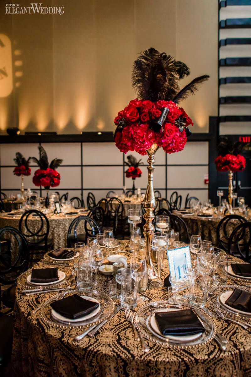 old hollywood wedding table setting red rose centrepieces great gatsby wedding ideas www