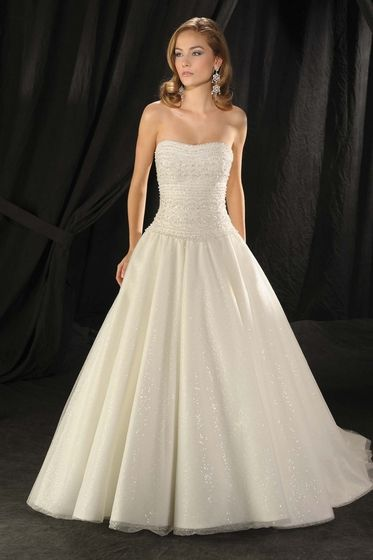 Bonny Bridals 939 I Love The Sparkly Shine Of This Dress