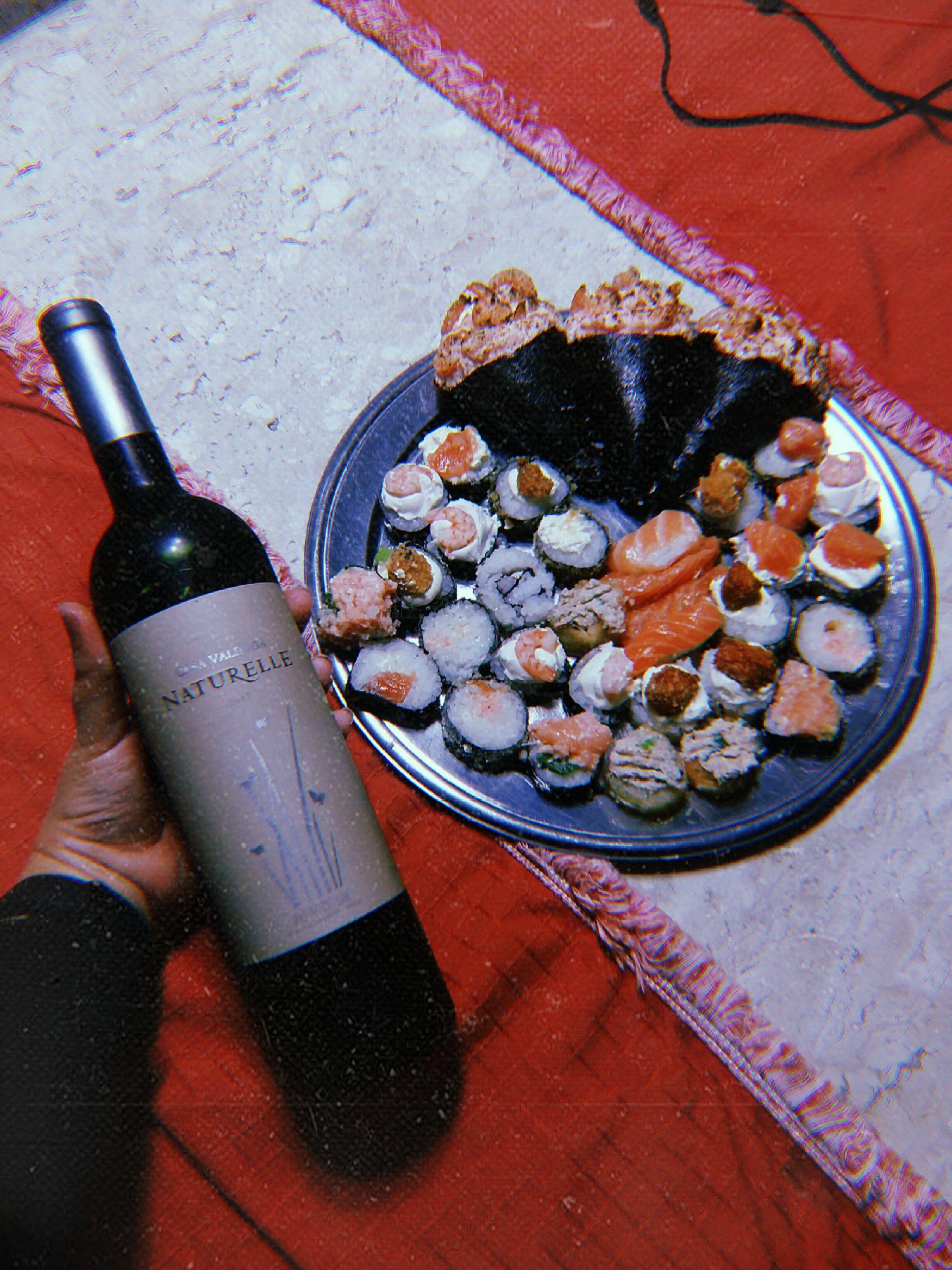 Ideia Por Rayza Gomes Em Hujicam Sushi Wine