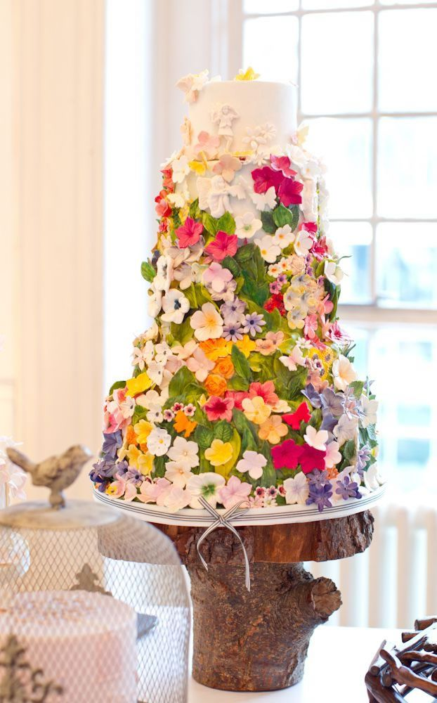 Is this the prettiest wedding cake ever? #wedding #cake